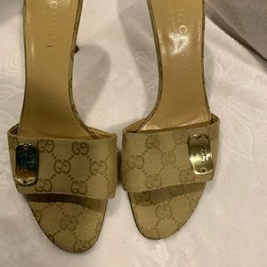 Gucci heeled sandals